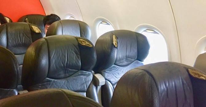 Qua te ghe may bay Jetstar Pacific bi khach to rach buom