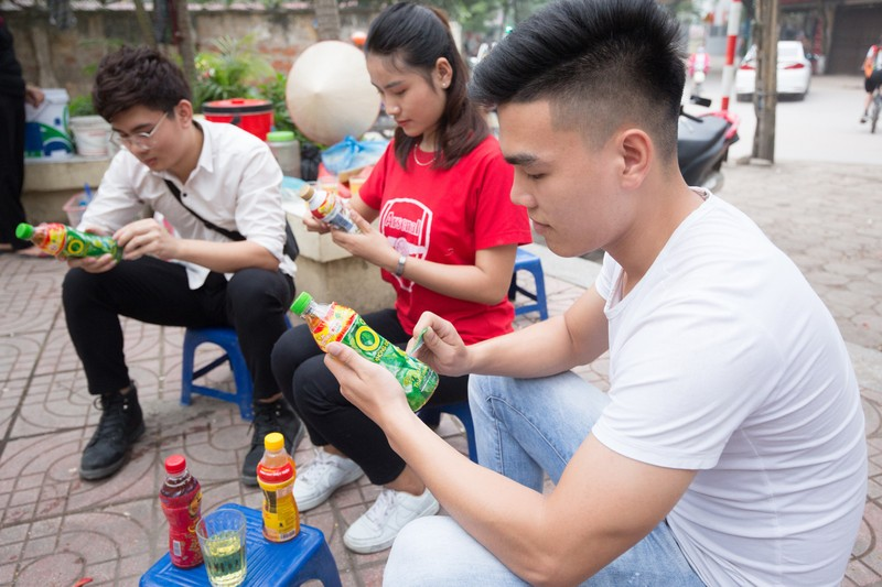 Hang chuc nghin giai thuong he cua Tan Hiep Phat den tay khach hang-Hinh-2