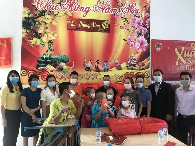 Nova Group dong hanh cung ho ngheo, nan nhan chat doc da cam tinh Dong Nai-Hinh-2