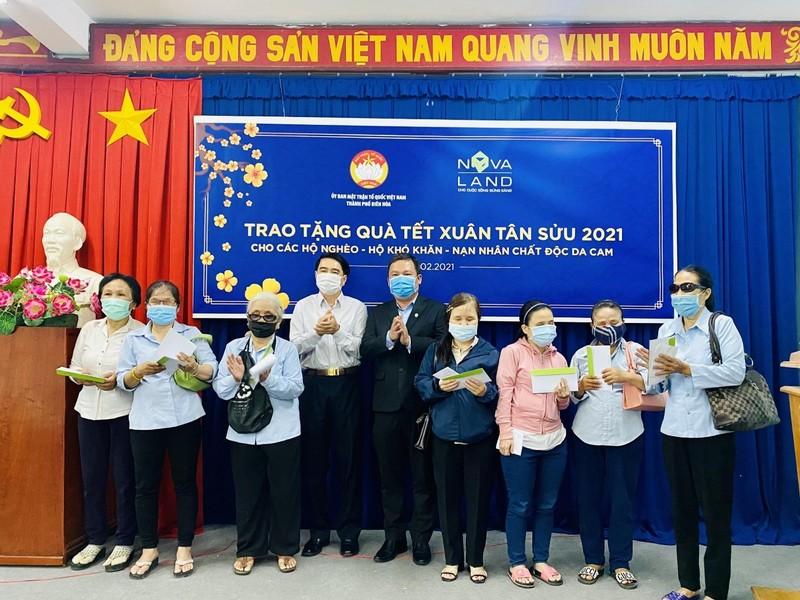 Nova Group dong hanh cung ho ngheo, nan nhan chat doc da cam tinh Dong Nai-Hinh-3