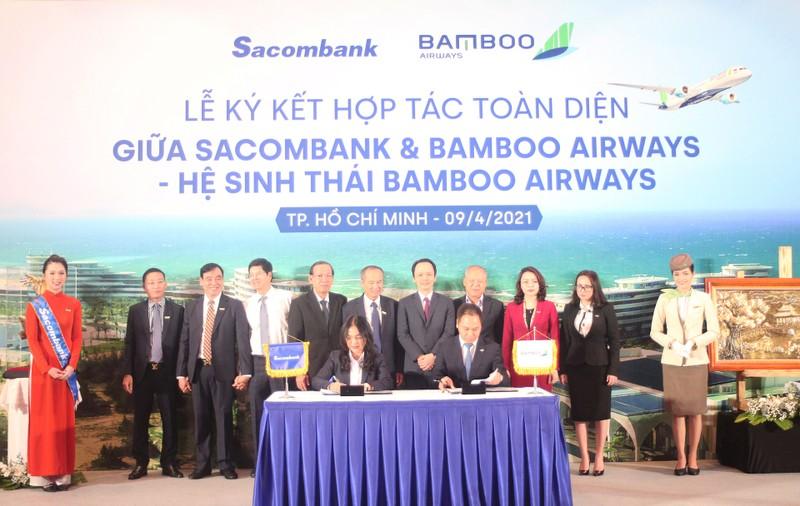 Sacombank ky ket hop tac toan dien voi Bamboo Airways