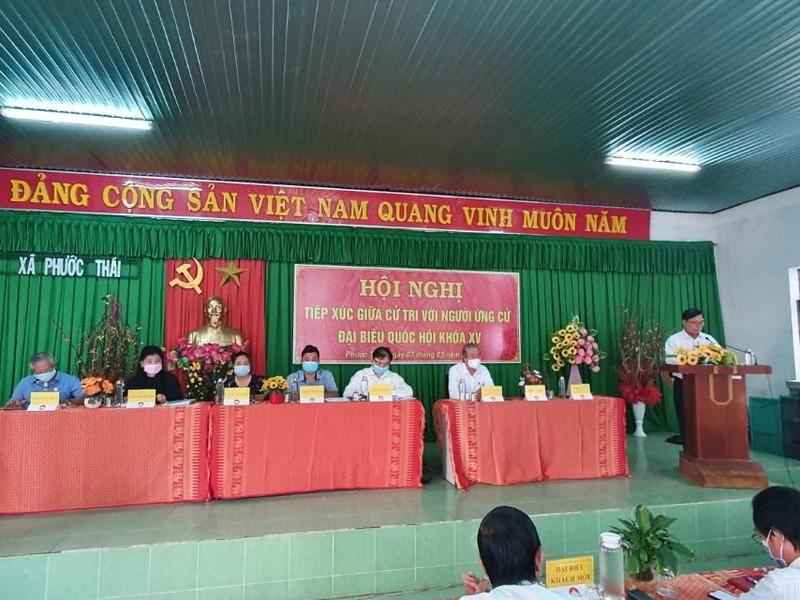 Chum anh Chu tich VUSTA Phan Xuan Dung va cac ung vien DBQH tiep xuc cu tri huyen Ninh Phuoc, Bac Ai