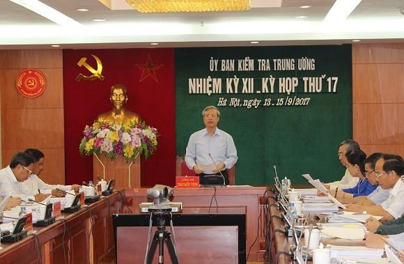 Nhung on ao lien quan den Chu tich Da Nang Huynh Duc Tho
