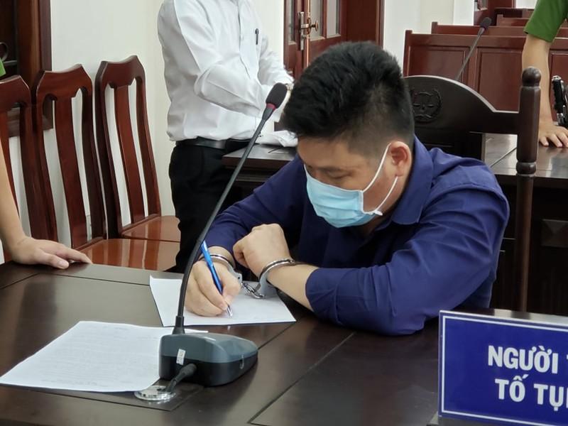 Toan canh vu giam doc goi giang ho vay chan xe cho cong an Dong Nai-Hinh-3