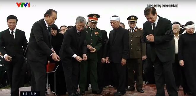 Chu tich nuoc Tran Dai Quang da an nghi tai que nha-Hinh-11