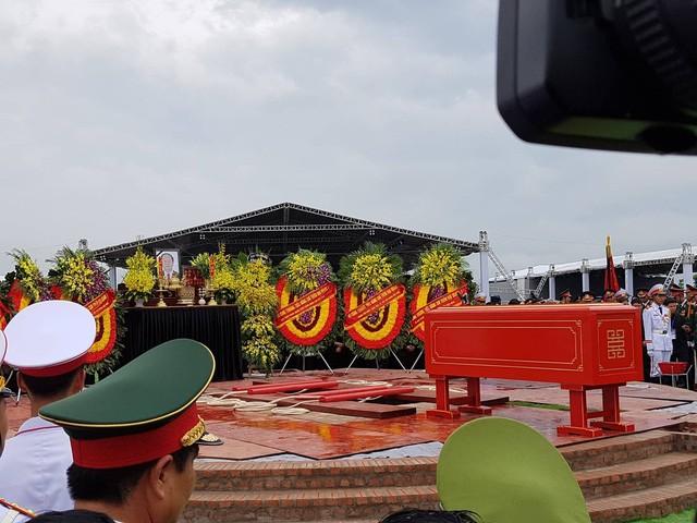 Chu tich nuoc Tran Dai Quang da an nghi tai que nha-Hinh-15