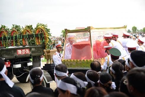 Chu tich nuoc Tran Dai Quang da an nghi tai que nha-Hinh-22