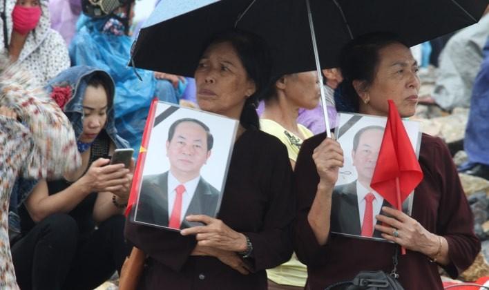 Chu tich nuoc Tran Dai Quang da an nghi tai que nha-Hinh-23