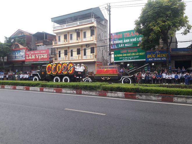 Chu tich nuoc Tran Dai Quang da an nghi tai que nha-Hinh-34