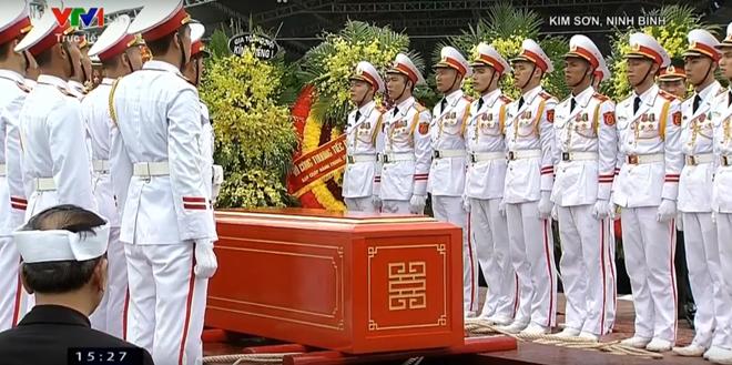 Chu tich nuoc Tran Dai Quang da an nghi tai que nha-Hinh-7