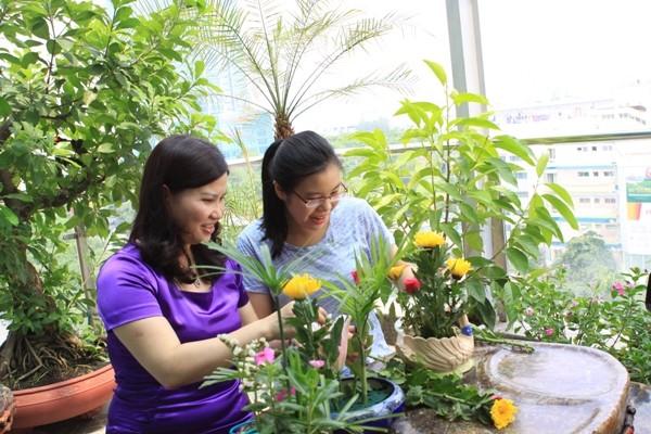 Duoc si Le Thi Binh: Sau su nghiep thanh cong la gia dinh hanh phuc-Hinh-3