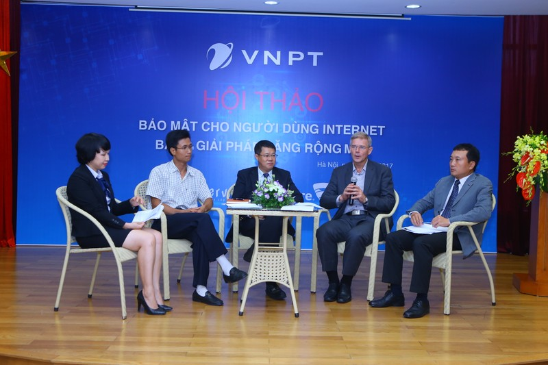 "VNPT ra mat ""Giai phap internet moi"" gia tang tien ich cho khach hang-Hinh-2"