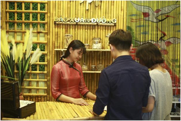 Spa dong y Bao Xuan Duong: Dan dau xu the tri mun bang dong y tai Viet Nam-Hinh-3