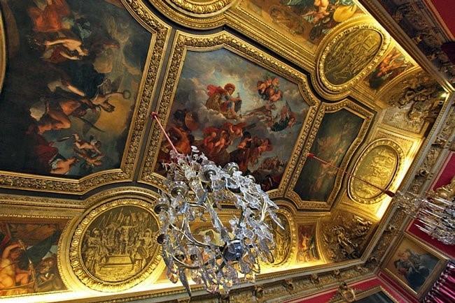 Tuyet tac tranh ve - Diem nhan hoan hao cho D'. Palais Louis-Hinh-3