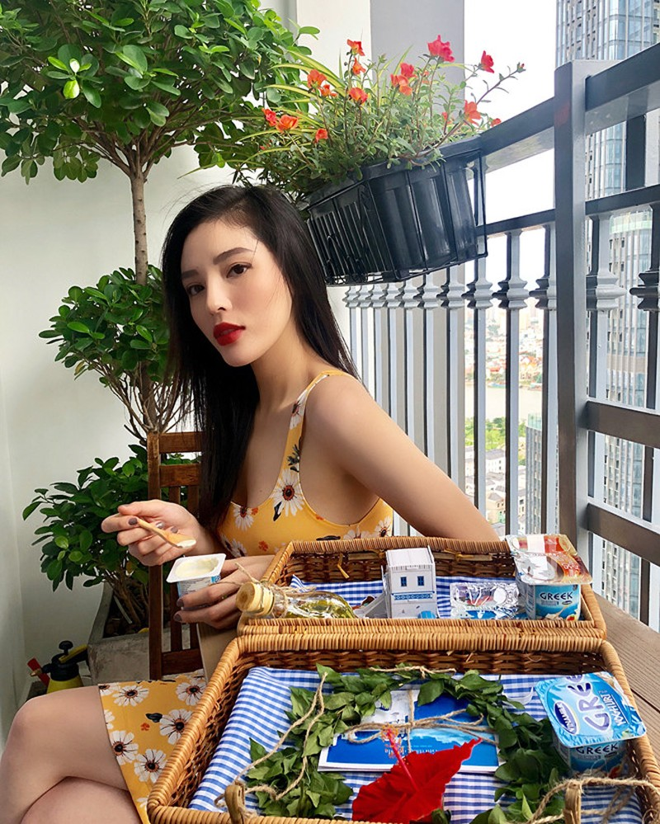 Mon qua dam chat Hy Lap 'don tim' Ky Duyen, Phuong Ly va cac sao nu-Hinh-3