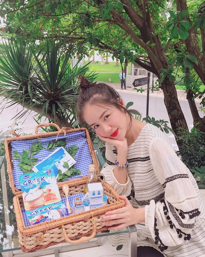 Mon qua dam chat Hy Lap 'don tim' Ky Duyen, Phuong Ly va cac sao nu-Hinh-4