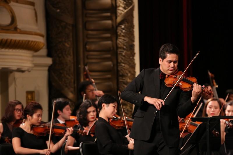 Dan nhac Giao huong Mat Troi se co buoi hoa nhac cung nghe sy violon Nhat Ban-Hinh-2
