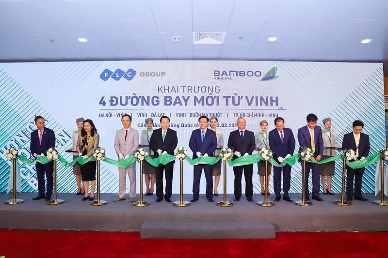 Pho Thu tuong Vuong Dinh Hue bay khai truong duong bay moi cua Bamboo Airways toi Vinh-Hinh-5