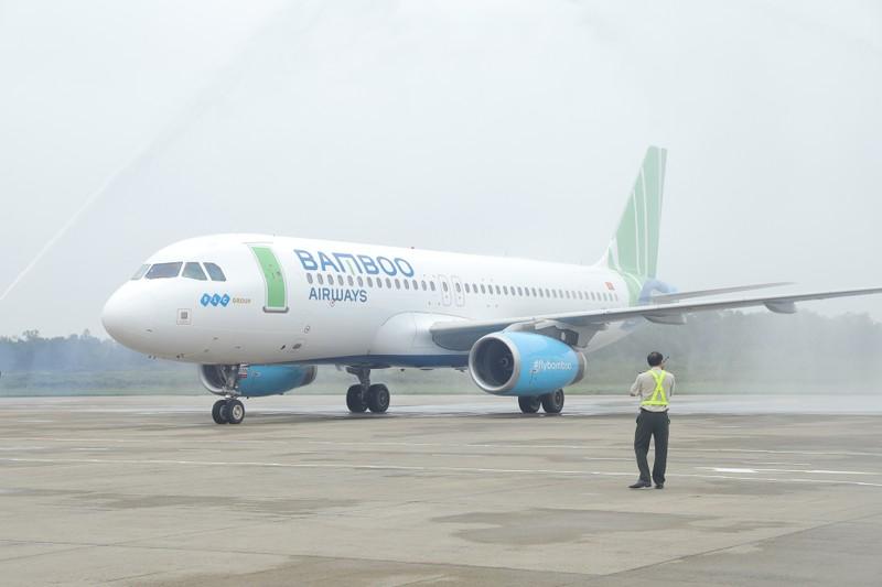 Pho Thu tuong Vuong Dinh Hue bay khai truong duong bay moi cua Bamboo Airways toi Vinh-Hinh-6