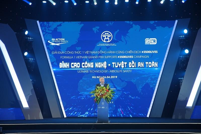 Viet Nam Grand Prix tang 10.000 mu bao hiem cho hoc sinh, sinh vien-Hinh-2