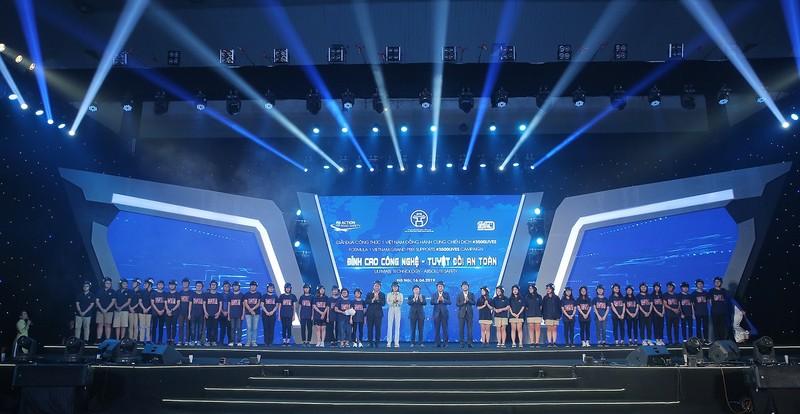 Viet Nam Grand Prix tang 10.000 mu bao hiem cho hoc sinh, sinh vien-Hinh-4