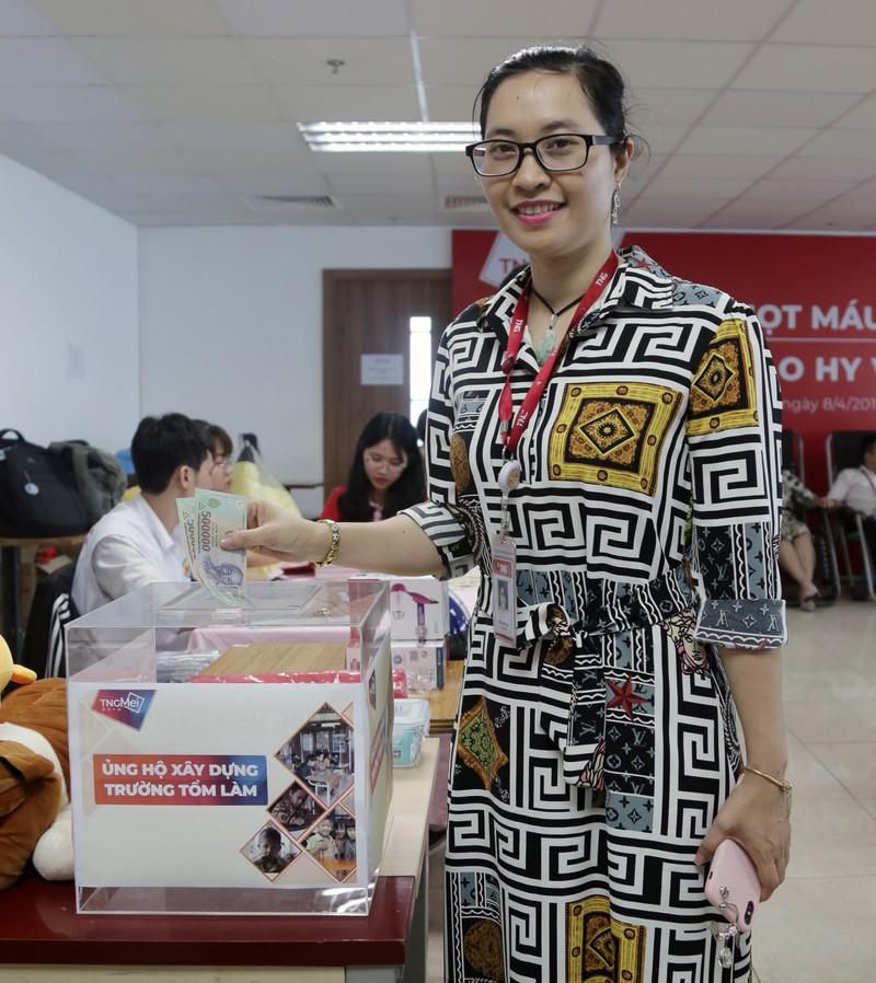 CBNV TNG Holdings Vietnam gay quy xay truong cho tre em vung cao-Hinh-3