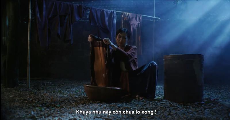 """A hau Tu Anh khien CDM """"nga mu"""" truoc chieu lay long me chong cuc """"nuot"""""""