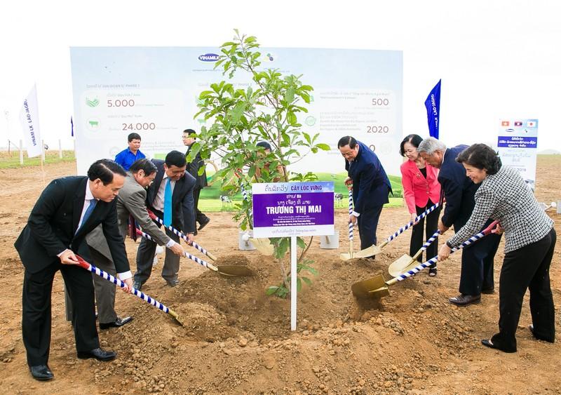 "Vinamillk cung Lao va Nhat xay dung ""Resort"" bo sua Organic-Hinh-3"