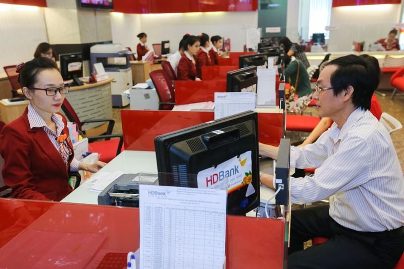 HDBank duy tri trong Top 50 cong ty kinh doanh hieu qua nhat Viet Nam