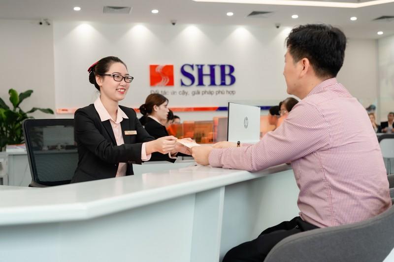 4 nam lien tiep SHB duoc vinh danh top 10 ngan hang Viet Nam uy tin nhat-Hinh-3