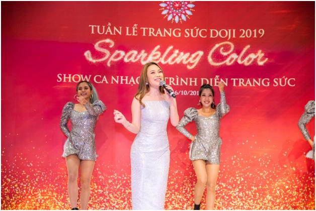 Hoa hau Luong Thuy Linh rang ro ben nhung bao vat ky luc cua DOJI-Hinh-10
