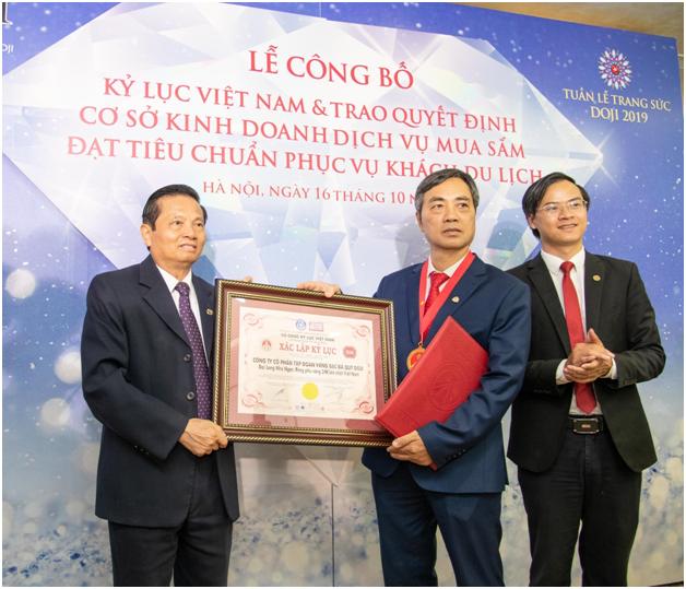 Hoa hau Luong Thuy Linh rang ro ben nhung bao vat ky luc cua DOJI-Hinh-9