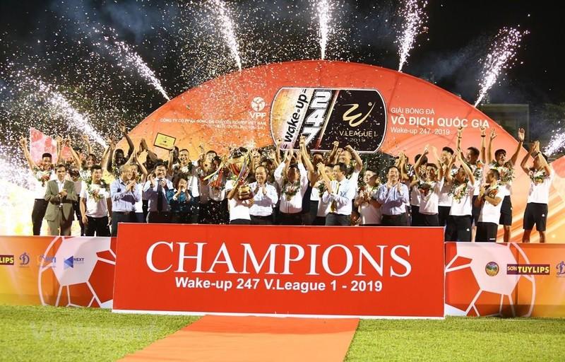 Cup Quoc gia 2019: Ha Noi FC dung truoc cot moc lich su