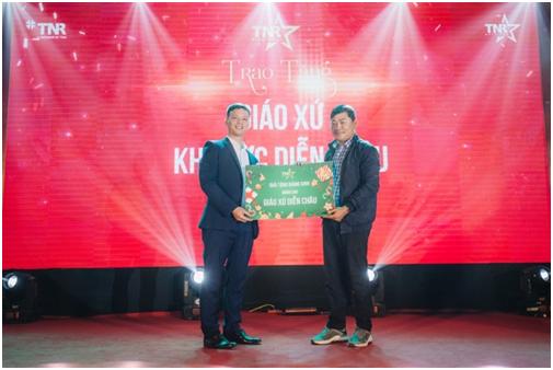 Le hoi chao don Giang sinh dau tien tai TNR Stars Dien Chau-Hinh-2
