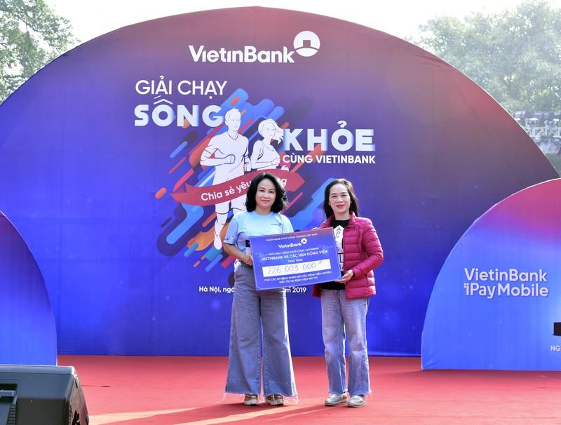 """Giai chay """"Song khoe cung VietinBank"""": Lan toa va se chia yeu thuong"""