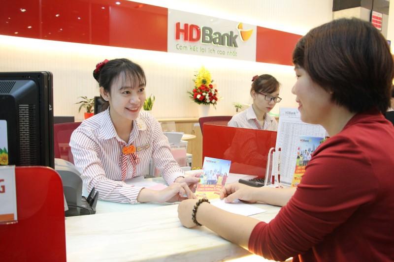 HDBank mien giam phi chuyen tien cho doanh nghiep va khach hang ca nhan
