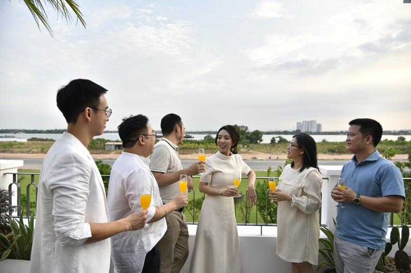 Dan sao Viet kham pha nha pho phong cach Dia Trung Hai tai Aqua City-Hinh-8