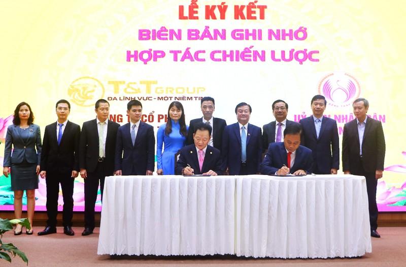 T&T Group hop tac chien luoc toan dien voi tinh Dong Thap