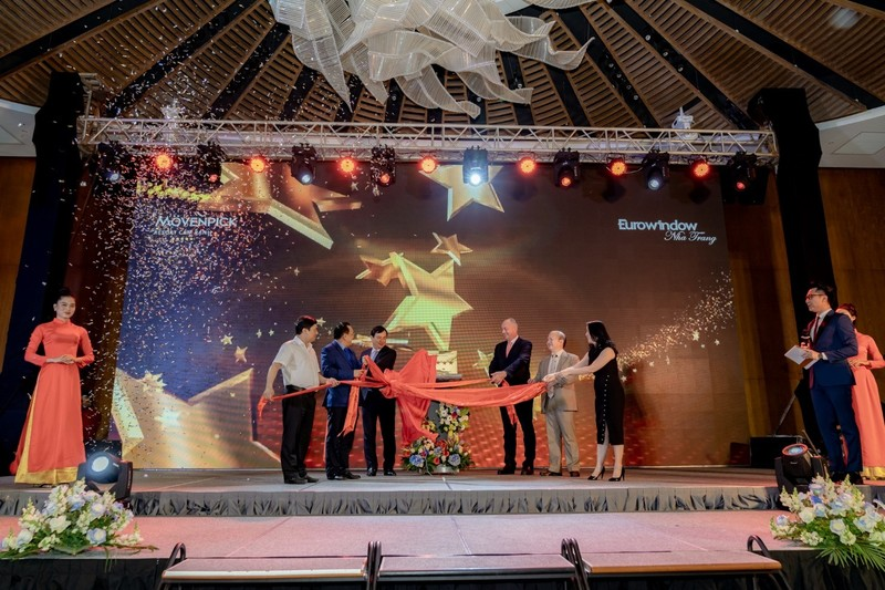 Cam Ranh: Movenpick Resort va Radisson Blu Resort duoc cong nhan 5 sao-Hinh-3