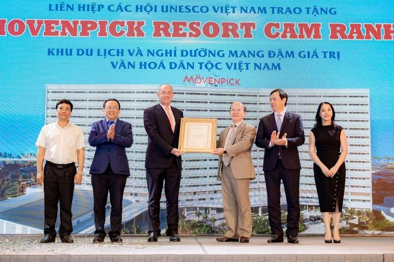 Cam Ranh: Movenpick Resort va Radisson Blu Resort duoc cong nhan 5 sao-Hinh-5