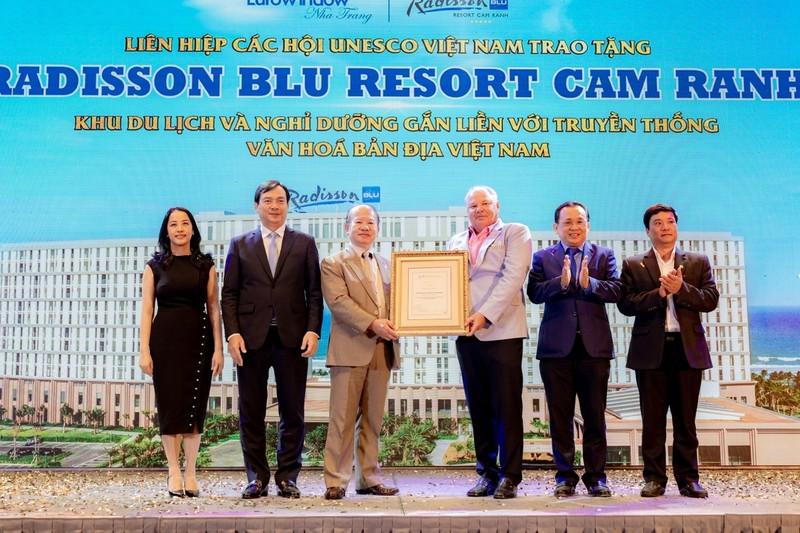 Cam Ranh: Movenpick Resort va Radisson Blu Resort duoc cong nhan 5 sao-Hinh-7