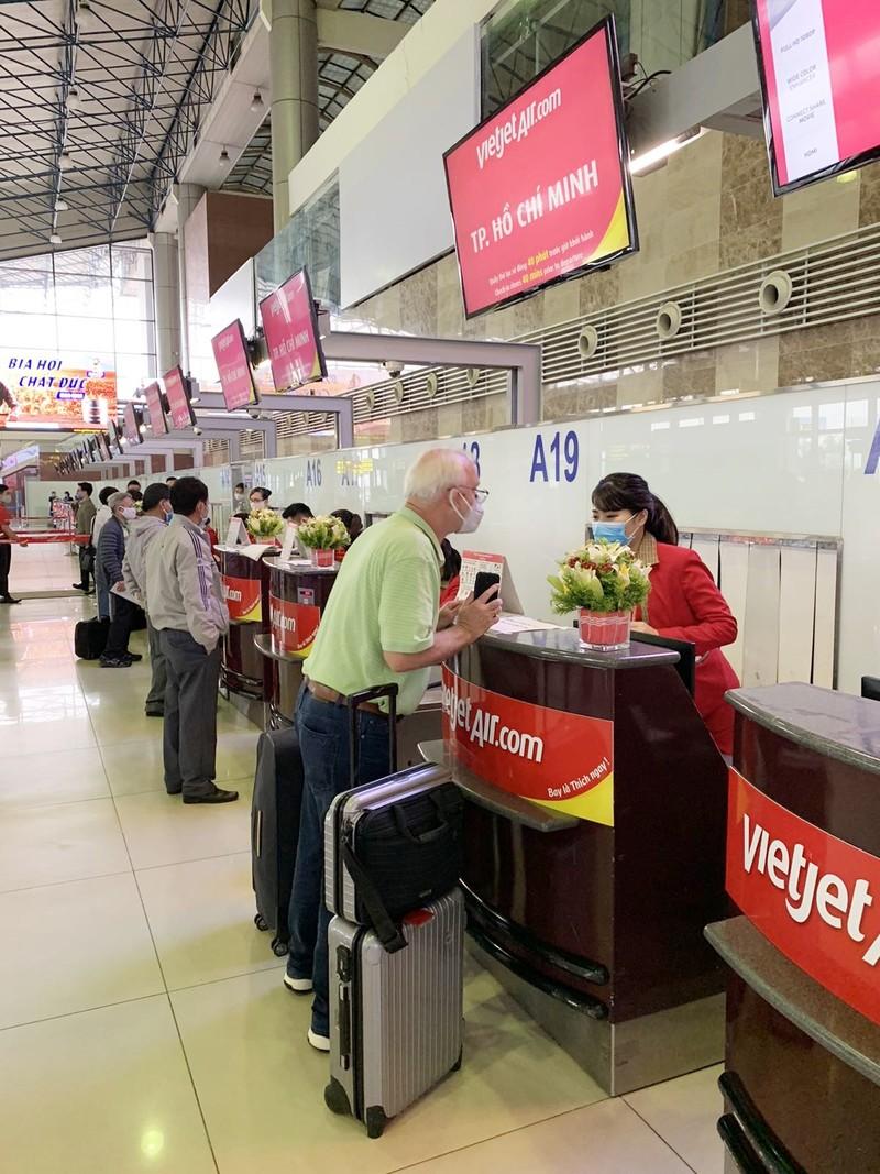 Bay khap Viet Nam cung 53 duong bay sieu hap dan cua Vietjet-Hinh-2