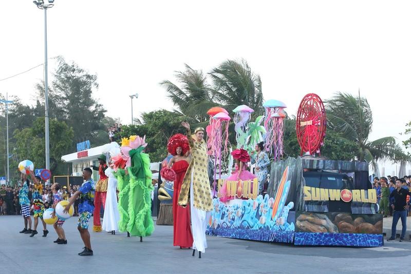 Sam Son tung bung voi Le hoi Carnival duong pho-Hinh-7