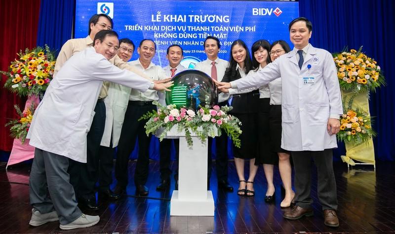 BIDV va BV Nhan dan Gia Dinh trien khai thanh toan vien phi khong tien mat-Hinh-2