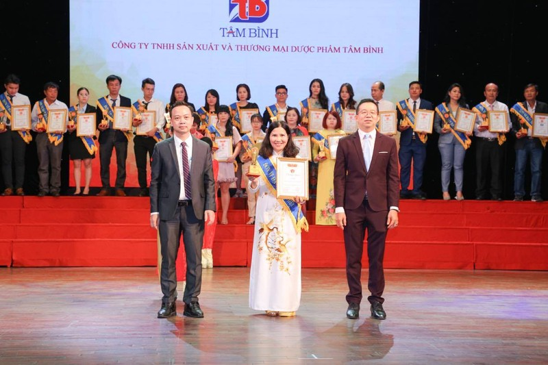 Top 10 thuong hieu manh quoc gia 2020 goi ten Duoc pham Tam Binh