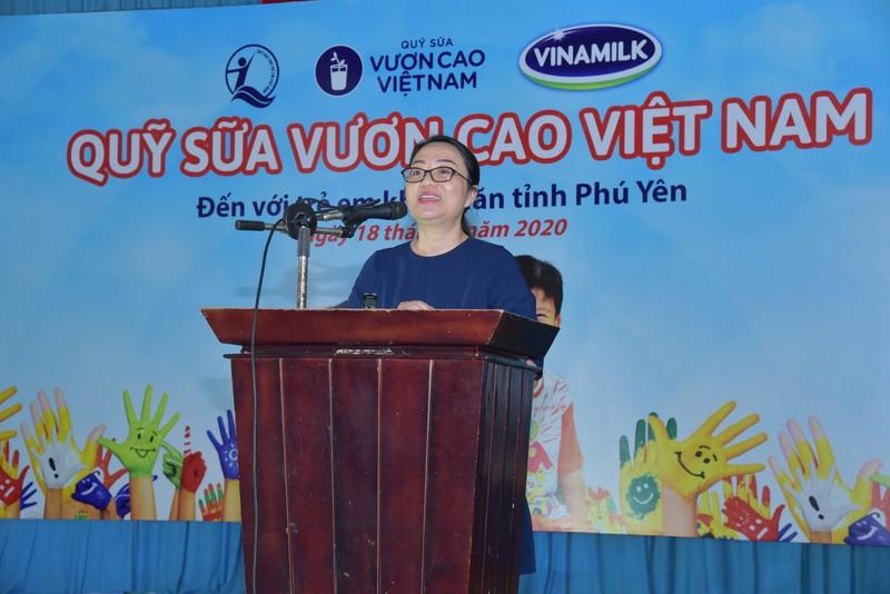 Quy sua vuon cao Viet Nam va Vinamilk chung tay cham soc tre em Phu Yen-Hinh-2