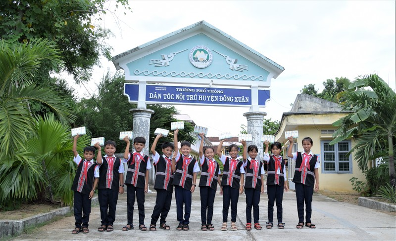 Quy sua vuon cao Viet Nam va Vinamilk chung tay cham soc tre em Phu Yen-Hinh-6