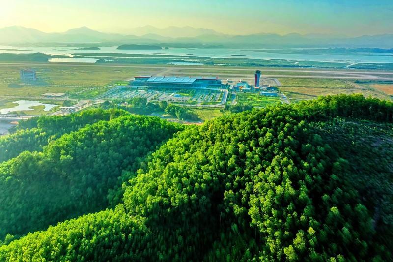"Kham pha khong gian ""resort"" tai San bay khu vuc hang dau chau A 2020"