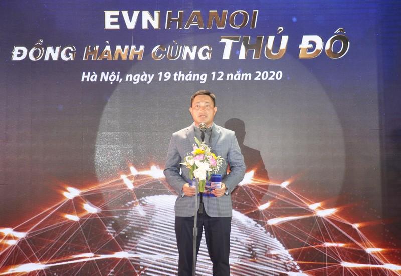 """Dien"" voi ""dan"" da gan voi nhau nhu the nao?-Hinh-3"