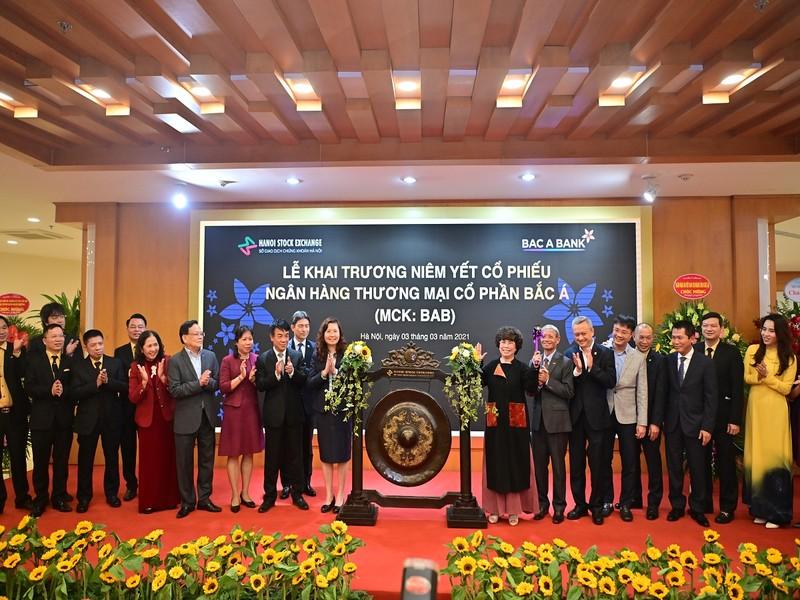 BAC A BANK chinh thuc niem yet co phieu tren san HNX-Hinh-5